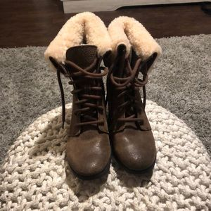Brown Ugg fold over boots size 6